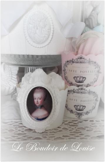 Le Boudoir de Louise (Cupcake plâtre Marie-Antoinette Shabby) image Château de Versailles-(dist RMN-Grand Palais) Christophe Fouin