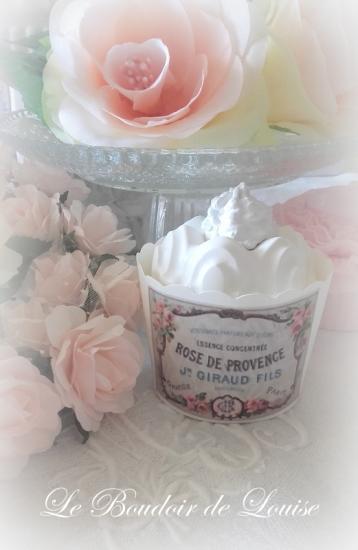 Le Boudoir de Louise (Cupcake en plâtre shabbyet étiquette ancienne)