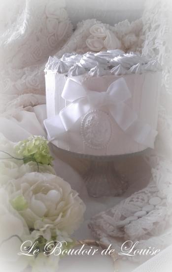 Le Boudoir de Louise (Gâteau de mariage plâtre shabby)