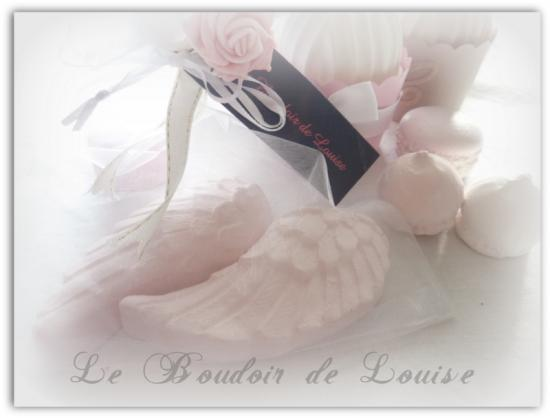 Le Boudoir de Louise (Ailes d'ange en plâtre parfumées)