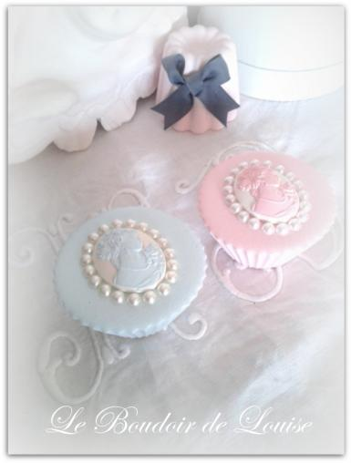 Le Boudoir de Louise (Mignardises marquise avec perles)