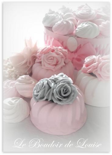 Le Boudoir de Louise (cake en plâtre fleuri)