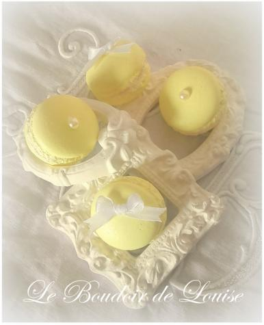 Le Boudoir de Louise (Macaron peint)
