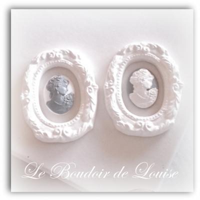 Le Boudoir de Louise ( Cadre et camée en plâtre Shabby)