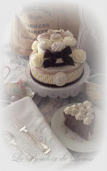 Le Boudoir de Louise (Faux gâteau shabby)