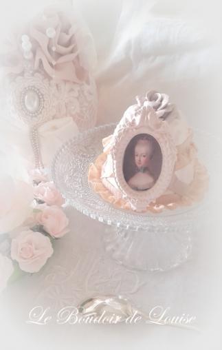 Le Boudoir de Louise (Pièce montée en plâtre camée Marie-Antoinette Shabby)